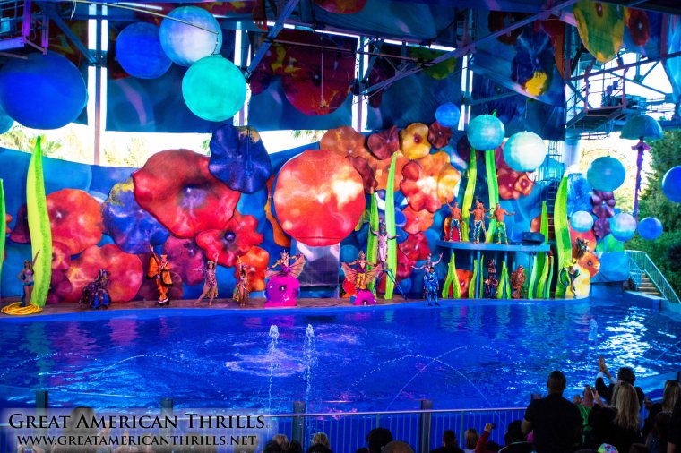 Cirque Dreams Splashtastic at Six Flags Discovery Kingdom. Photo (c) 2103 Kris Rowberry and Great American Thrills