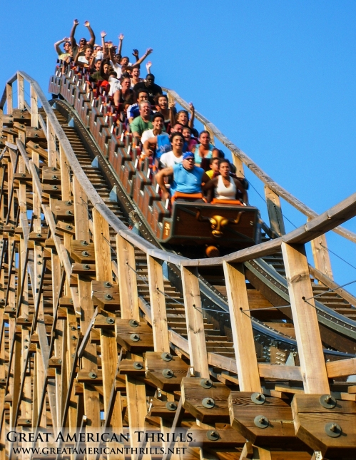 El Toro at Six Flags Great Adventure. Photo (c) 2013 Great american Thrills and Kris Rowberry