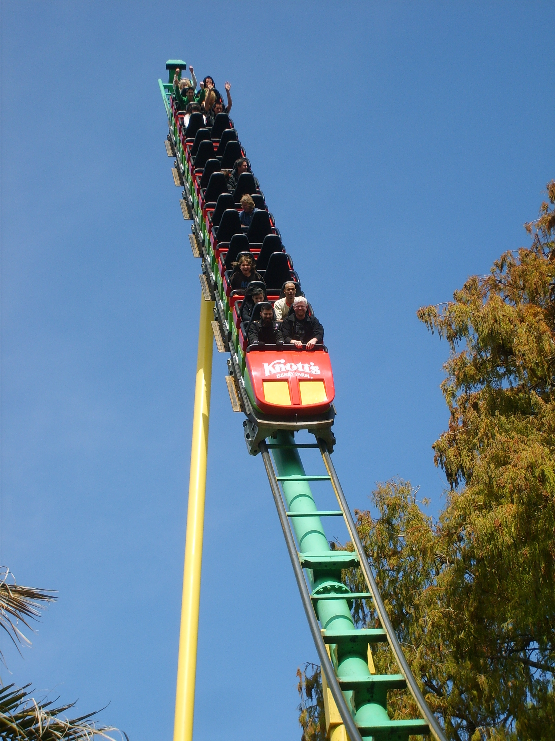 Knott s montezooma s revenge great american thrills for Linear induction motor roller coaster