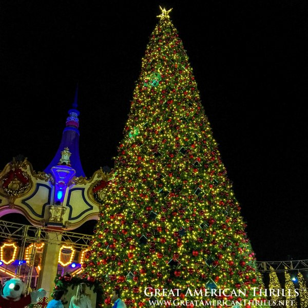 winterfest main tree